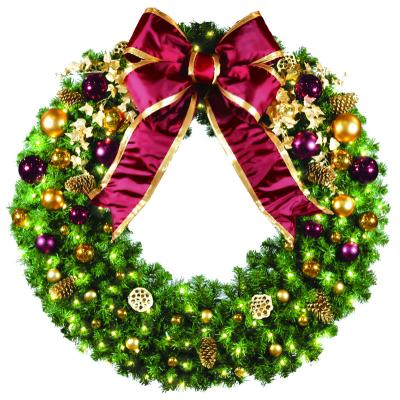 St. Louis Christmas Decor Specializes in Custom Designed Wreaths for the Saint Louis Missouri Metro Area